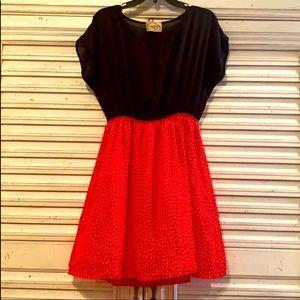 Minnie Mouse  DeJavu Dress Nwot  Super, Cute!!